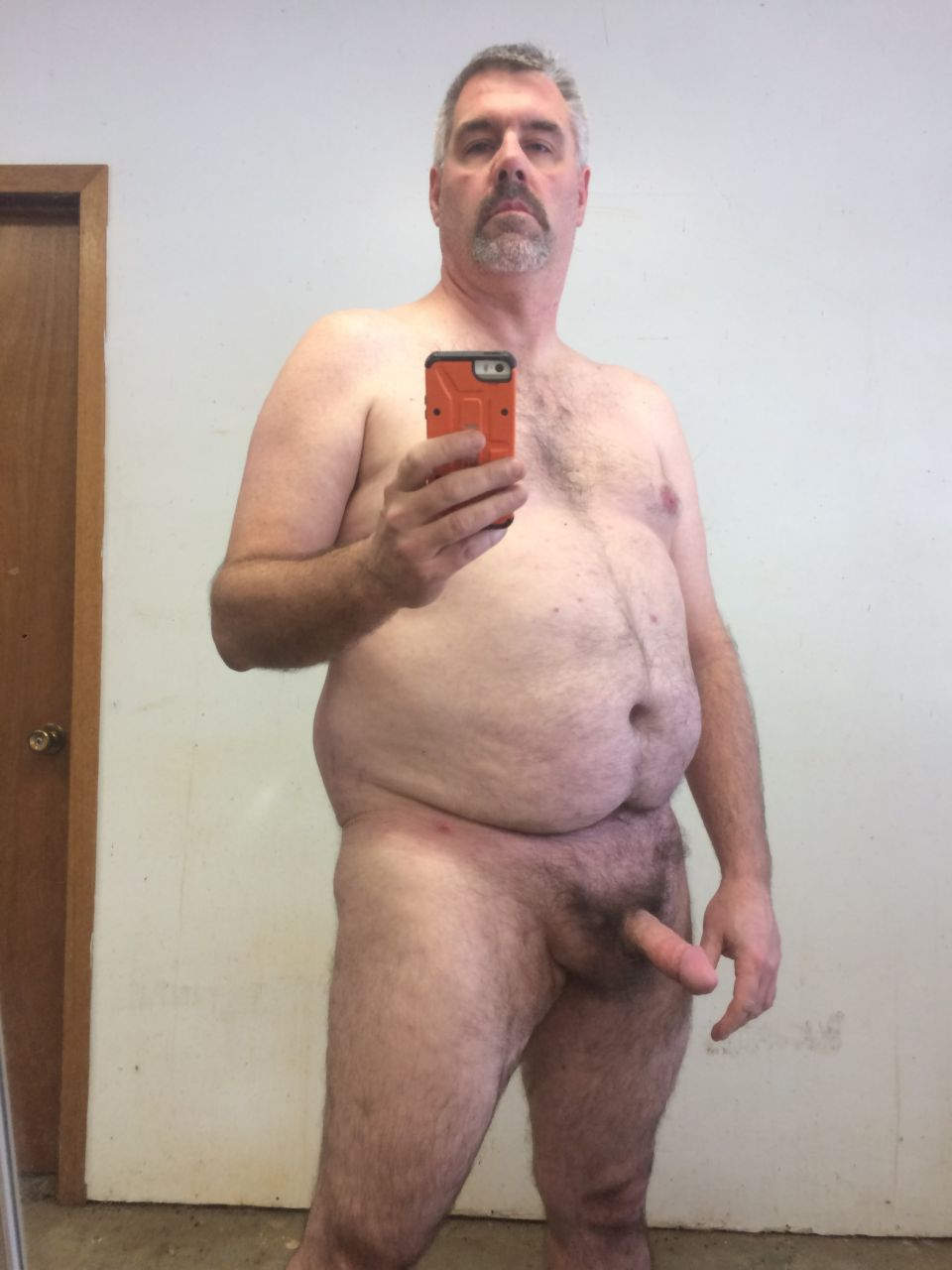 Need some buddy naked time